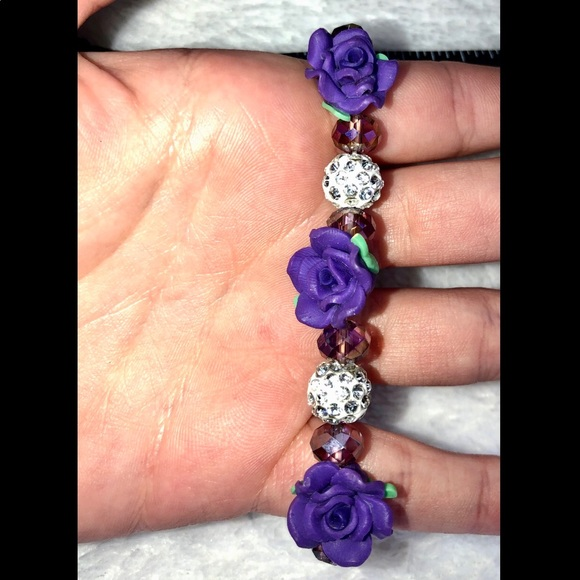 unbranded Jewelry - 💎BOGO FREE! Beaded purple flower bracelet‼️
